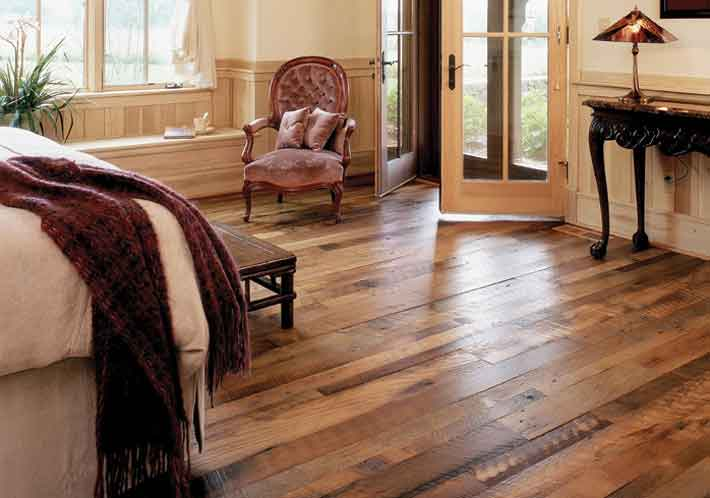 installing hardwood floors