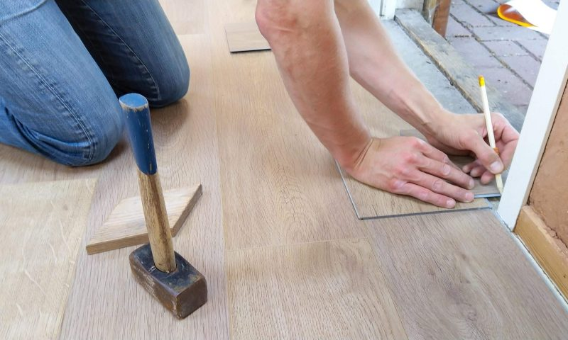 Tony floor